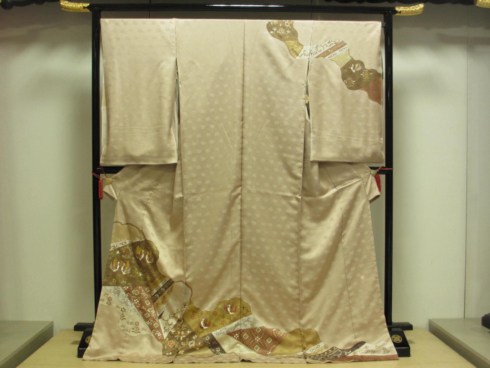 ロイヤル デザイナ- カズ・イトウ礼装 訪問着  展示品 絹100% 送料無料