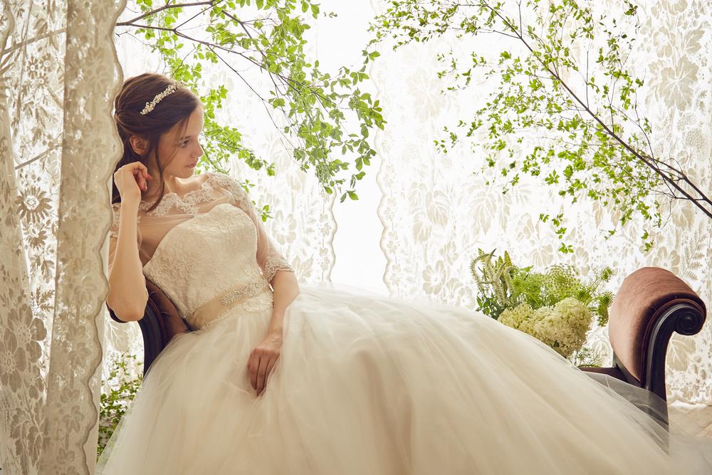 NOA0024 off_white【着用パニエ】NOA0003 オフホワイト ウェディング ウェディグドレス ウエディング ウエディングドレス オーダードレス サイズオーダー 挙式 二次会 結婚式 ブライダル ドレス 海外 国内