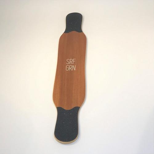 【送料無料】【ロンスケ】【スケボー】【デッキ】サーフグリーン クラシックダンサーSapele (サペリ) DECK 1枚【Sarf Green】【Classic Dancer】【バンブー】【長さ:121 cm】【ロングスケート】【スケボーロング】
