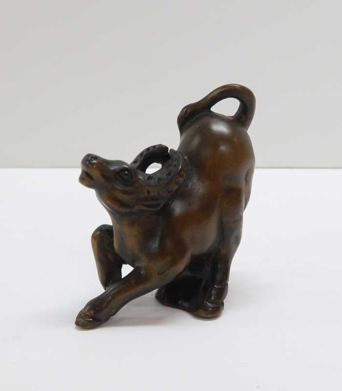 縁起物 干支 丑 セットアップ 根付 木彫り 素材:柘植 再再販 ~牛~一刀彫 リアルで繊細な彫り