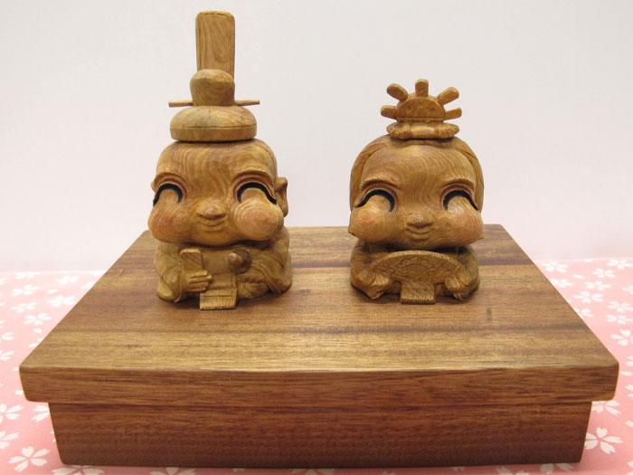 木彫り~お雛様~一刀彫/材料:屋久杉