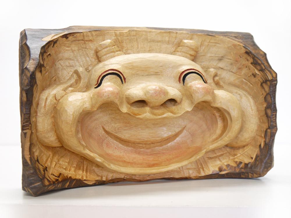 ~木彫り 笑う門に福鬼たる ~仕様:無垢 / 素材:楠