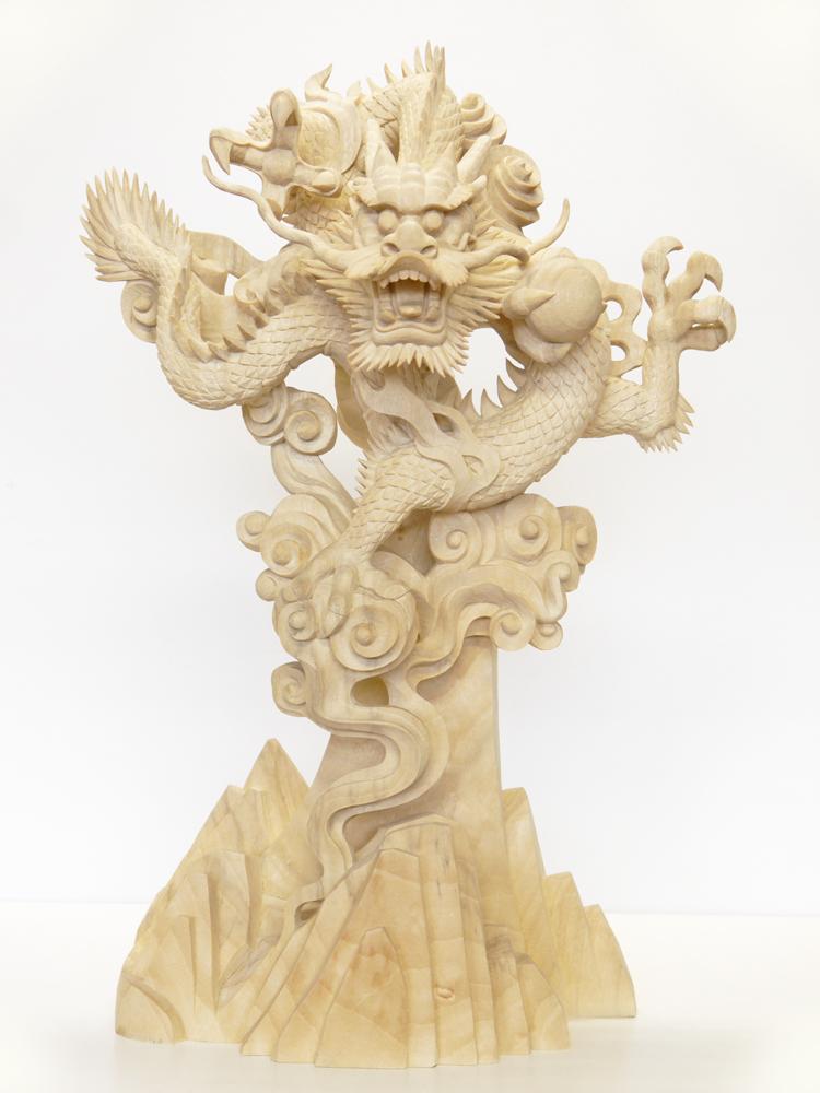 ~木彫り 龍~一刀彫 / 素材:楠