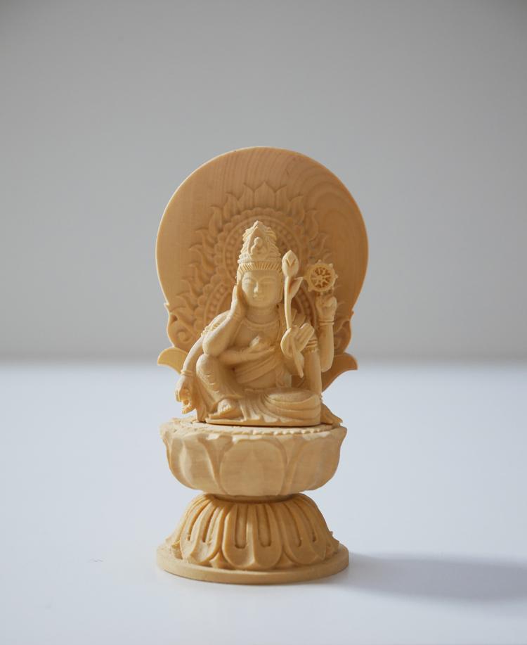 ~木彫り 仏像 如意輪観音~仕様:無垢 / 素材:柘植