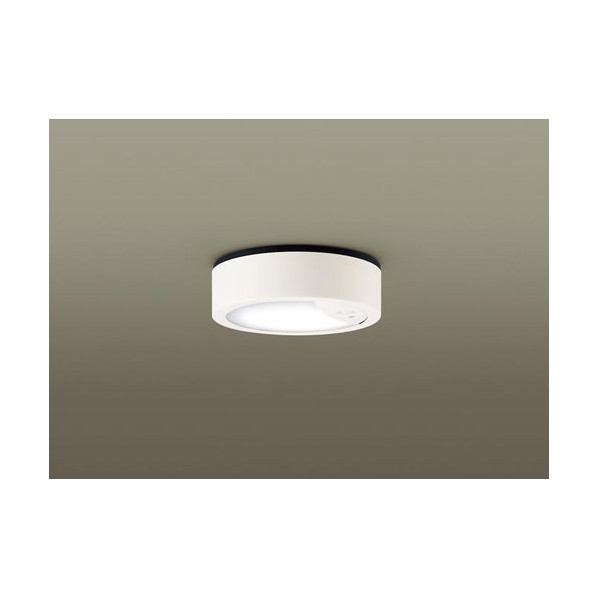 パナソニック ダウンシーリング60形昼白色 高さ×幅×奥行(cm):7.1×15.6×16.9 LGWC51530LE1 1台