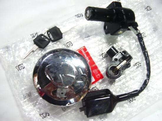 CBX400F 純正 キーセット