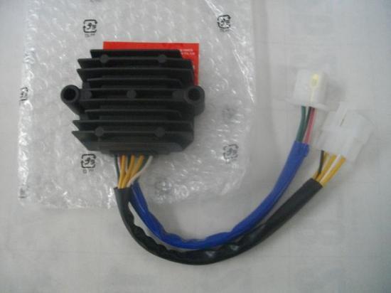 CBX400F 純正 レギュレーターレクティファイア