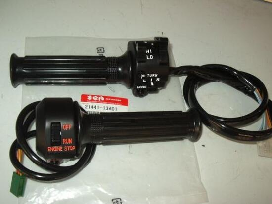 GS400 初期型ハンドルスイッチ 純正 左右セット