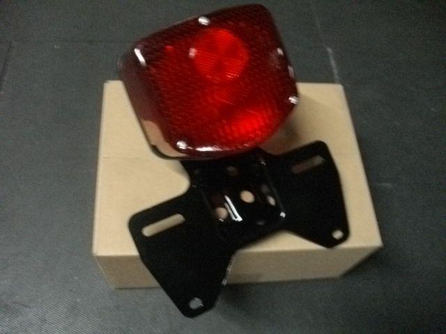CB250T ホーク CB400T ホーク2 汎用 テールレンズ ユニット 赤