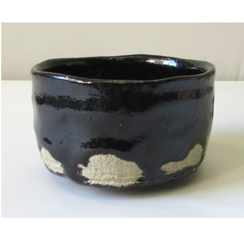<茶道具・茶碗>黒楽茶碗 覚入作「青嶺」写し 楽入窯作 よく造られました黒楽茶碗です