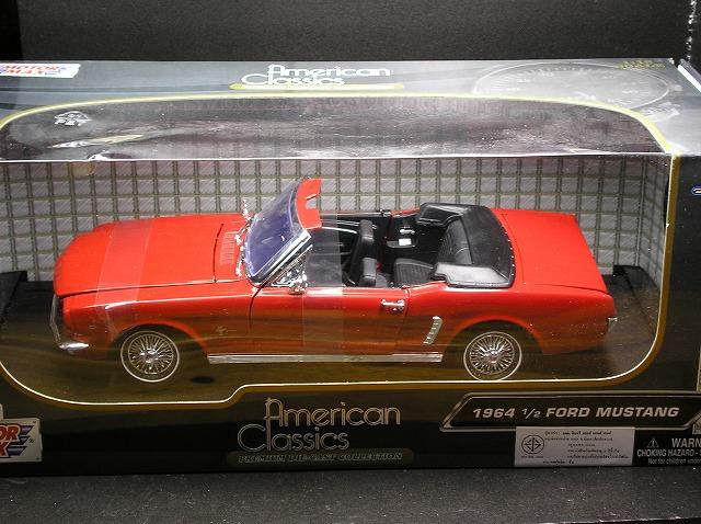 新品 ミニカー 1964 FORD MUSTANG 1/18 赤 /American Classics/アメ車/US/MINI CAR/