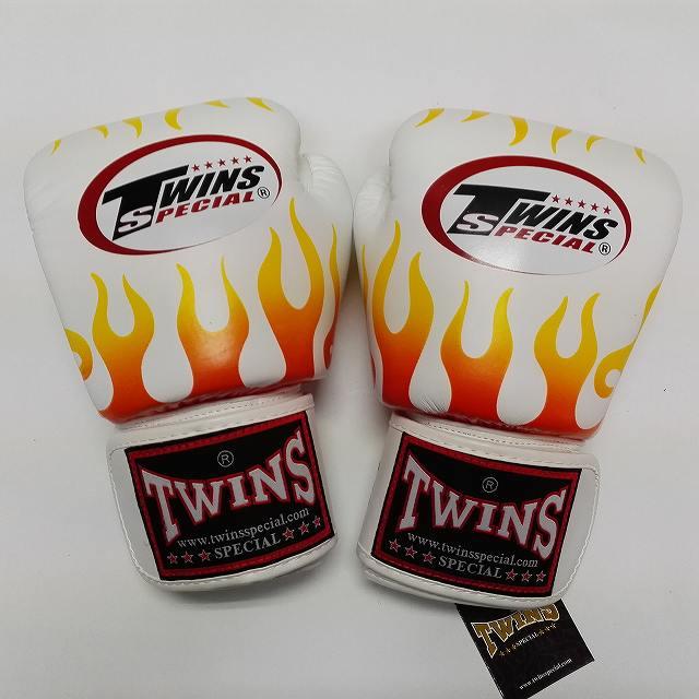 TWINS SPECIAL ボクシンググローブ 14oz F白 /ボクシング/ムエタイ/グローブ/キック/フィットネス/本革製/ツインズ