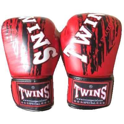 TWINS SPECIAL ボクシンググローブ 14oz TWINS赤黒SP /ボクシング/ムエタイ/グローブ/キック/フィットネス/本革製/ツインズ/大人用/14オンス