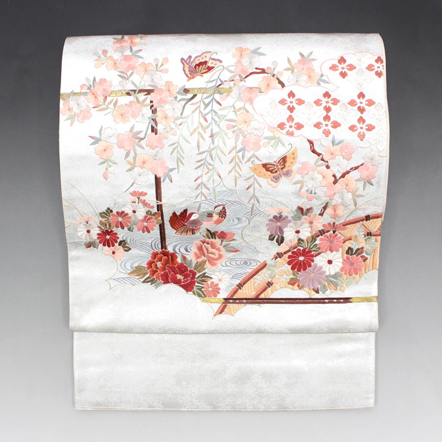 【再掲載】袋帯 リサイクル 正絹 銀箔 刺繍 鴛鴦 蝶 花々美しい【中古】リユース