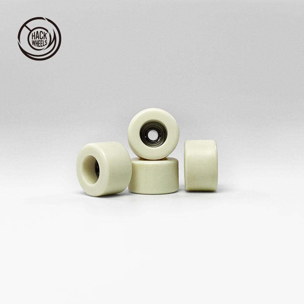 UAG F.B 《HACK WHEELS》 PLAS Ivory - × 指スケ board finger 7.5mm 4.8mm skate 即出荷 商い