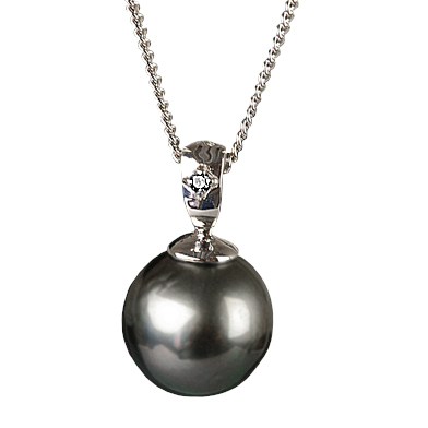 ブラックパール お金を節約 ペンダント 9mm 大決算セール タヒチ産 K18WG 黒真珠
