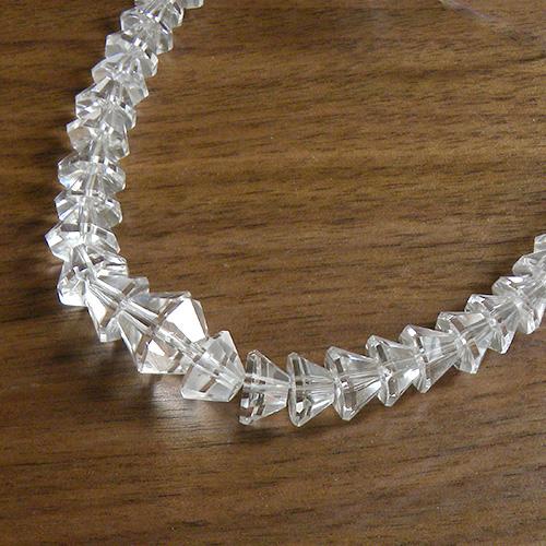 宅送 水晶 ネックレス 天然石 ロッククリスタル 43cm 中古 再再販 サイズグラデーション ジュエリー