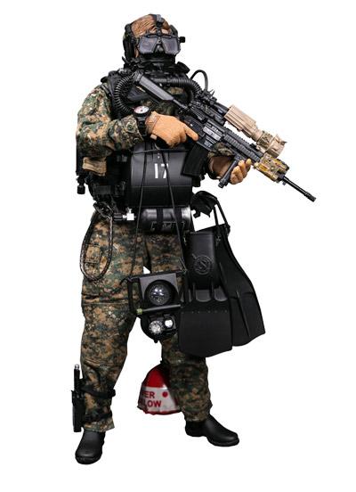 【DAM】No.78055 ELITE SERIES 1/6 MARINE FORCE RECON COMBAT DIVER WOODLAND MARPAT VER アメリカ海兵隊武装偵察部隊コンバットダイバー1/6フィギュア