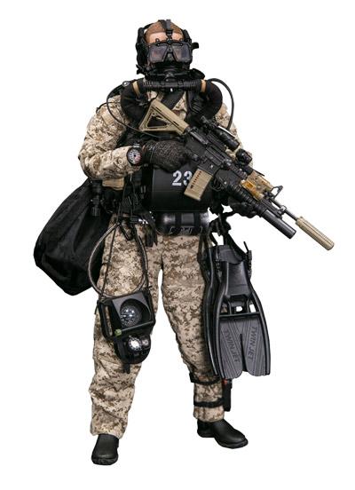 【DAM】No.78056 ELITE SERIES 1/6 MARINE FORCE RECON COMBAT DIVER DESERT MARPAT VER アメリカ海兵隊武装偵察部隊コンバットダイバー1/6フィギュア