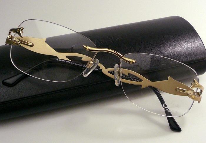 カザール 2012 メガネフレームCAZAL1053-001度付 メガネ 眼鏡 伊達メガネ【P08Apr16】
