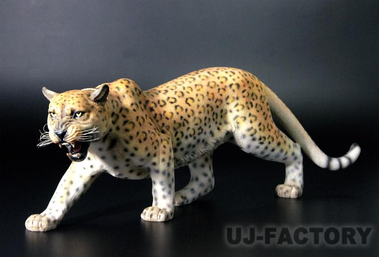 【即納!】★精悍な豹(ヒョウ)フィギュア(オブジェ)★1/6スケール 獲物狙う迫力のあるリアルなディティール! LEOPARD レパード 肉食