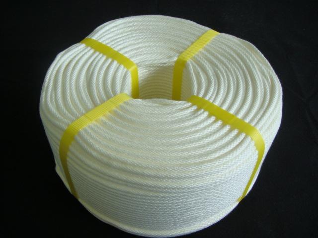 ロープ/送料無料/クレモナロープ/クレモナ(ビニロン)金剛打ロープ 6mm×300M