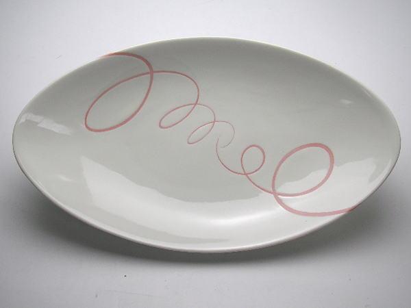 期間限定今なら送料無料 B級品 シンプルライン スパイラル ピンク 楕円深皿 お値打ち価格で 普段使いの食器