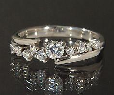 【GWクーポン配布中】K18 ダイヤモンド 0.30ct リング送料無料 指輪 ピンキーリング ダイアモンド 18K 18金 ゴールド 4月誕生石 刻印 文字入れ