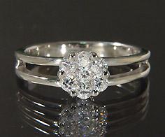 K18 ダイヤモンド 0.30ct フラワー リング送料無料 指輪 18K 18金 ゴールド ダイアモンド 誕生日 4月誕生石 刻印 文字入れ ピンキーリング メッセージ ギフト 贈り物