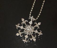 K18 ダイヤモンド 0.15ct ペンダント トップ ネックレス ゴールド ダイアモンド 雪の結晶 スノー 18K 18金 誕生日 4月誕生石 メッセージ ギフト 贈り物