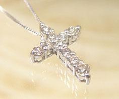 ペンダント ダイヤモンド 0.3カラット ゴールド K18WG クロスモチーフ ベネチアンチェーン