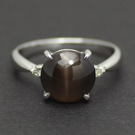 【GWクーポン配布中】【1点限り】K18WG シリマナイトキャッツアイ 4.28ct ダイヤモンド リング