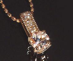 ペンダントトップ モルガナイト ダイヤモンド 「fiorito」 ゴールド K18