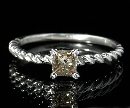 K18 ブラウンダイヤモンド 0.3ct リング 「urbano」送料無料 指輪 18K 18金 ダイアモンド プリンセスカット 誕生日 4月誕生石 文字入れ 刻印 ピンキーリング対応可能 メッセージ ギフト 贈り物