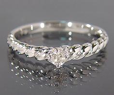 K18 ダイヤモンド リング 指輪 ダイアモンド ゴールド 18K 18金 ツイスト 誕生日 4月誕生石 刻印 文字入れ メッセージ ギフト 贈り物 ピンキーリング対応可能