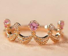 K18 ピンクサファイア ダイヤモンド リング「regina」 指輪 ゴールド 18K 18金 サファイヤ ダイアモンド ティアラ クラウン 王冠 誕生日 9月誕生石 刻印 文字入れ メッセージ ギフト 贈り物 ピンキーリング対応可能