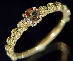 K18 アンダルサイト バラモチーフ リング 「rosa」 指輪 ゴールド 18K 18金 薔薇 ローズ 花 刻印 文字入れ メッセージ ギフト 贈り物 ピンキーリング対応可能