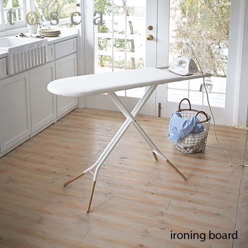tosca/トスカ(山崎実業) スタンド式アイロン台 トスカ ironing board 折り畳み/ボタンプレス機能/北欧