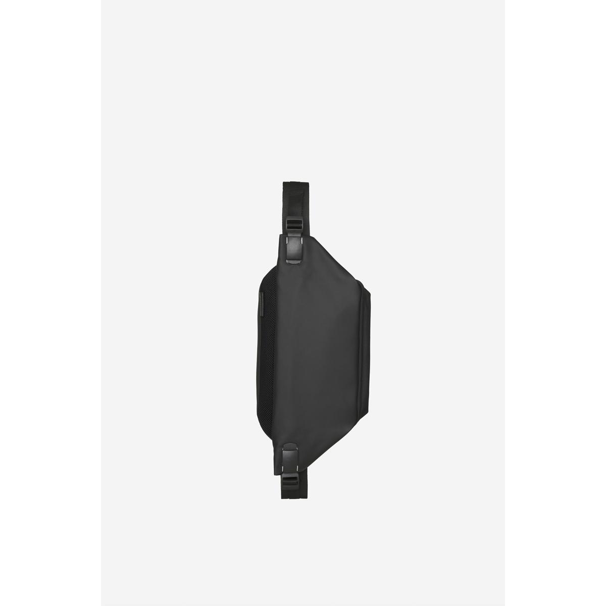 cote&ciel コートエシエル Isarau Obsidian Black ボディバッグ メッセンジャーバッグ ショルダーバッグ iPad収納 コートアンドシエル コートシエル