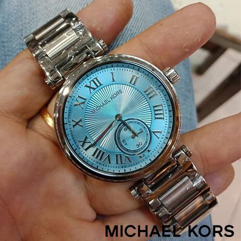 【海外取寄せ】【送料無料】マイケルコース Michael Kors 腕時計 時計 MK5988【セレブ】【ブランド】【インポート】 MK6053 MK5957 MK5989 MK5866 MK6065 同シリーズ