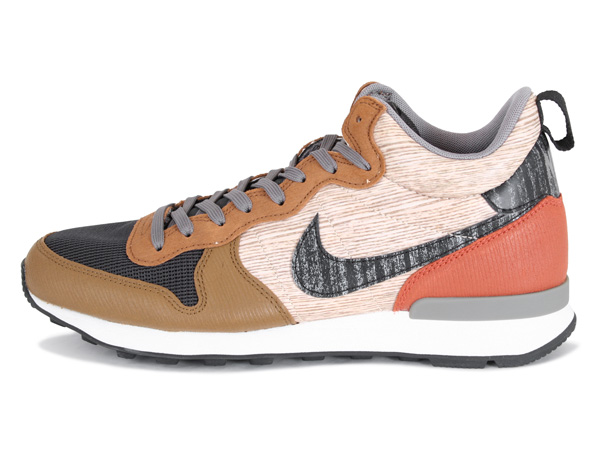nike internationalist brown