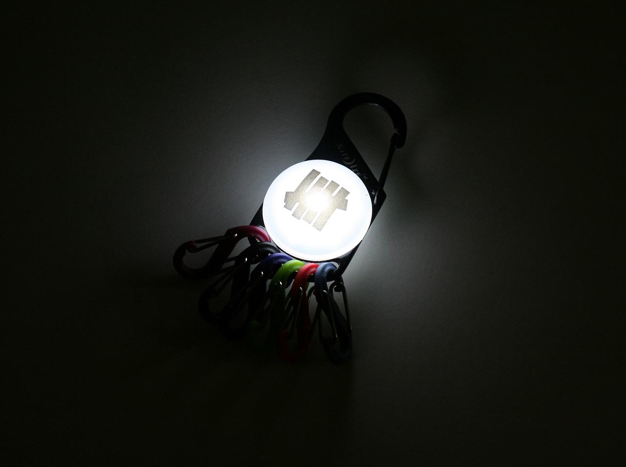 不敗的黑夜化 S BINER KEYLIT (46428)
