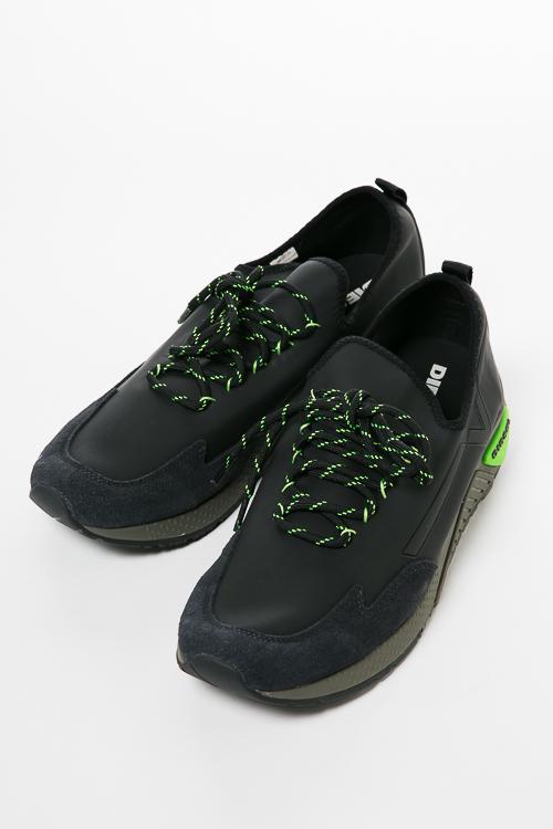 ディーゼル DIESEL スニーカー ローカット シューズ スリッポン S-KBY - sneakers メンズ Y01534 P1414 ブラック 送料無料