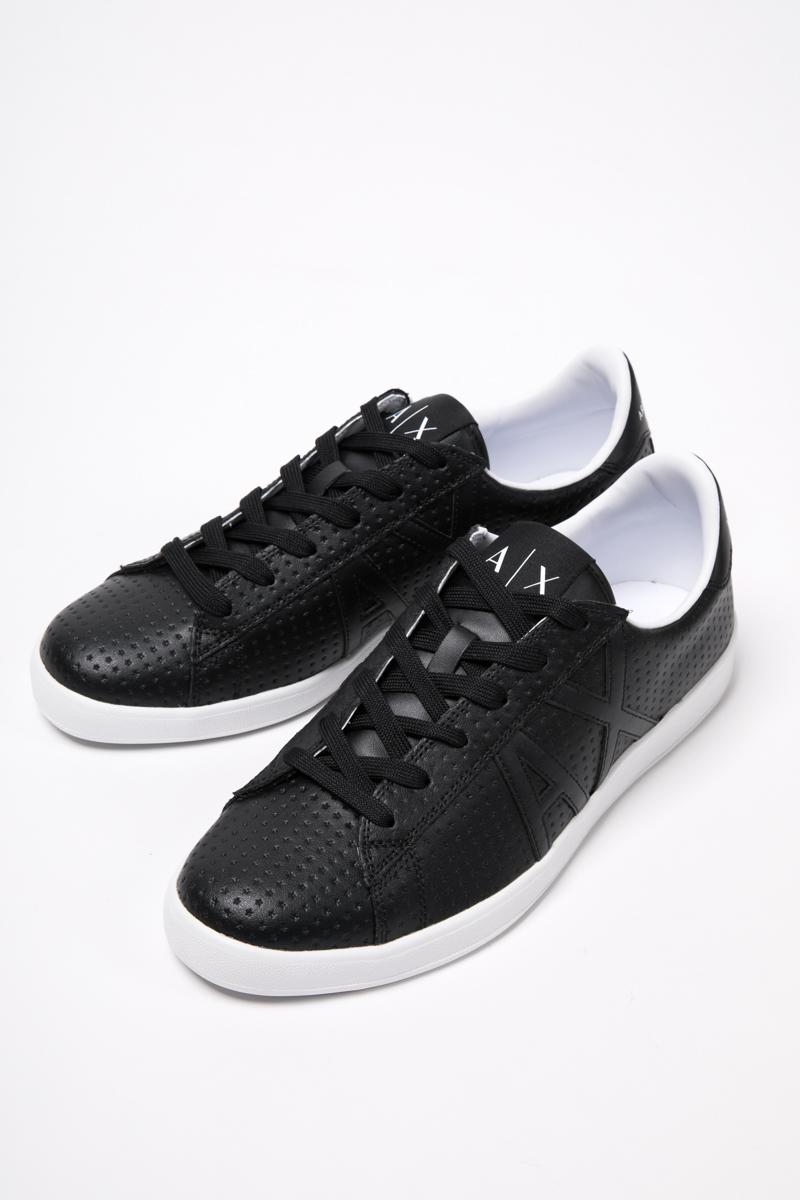 アルマーニ エクスチェンジ ARMANI EXCHANGE スニーカー ローカット シューズ 靴 メンズ XUX016 XCC03 ブラック 送料無料