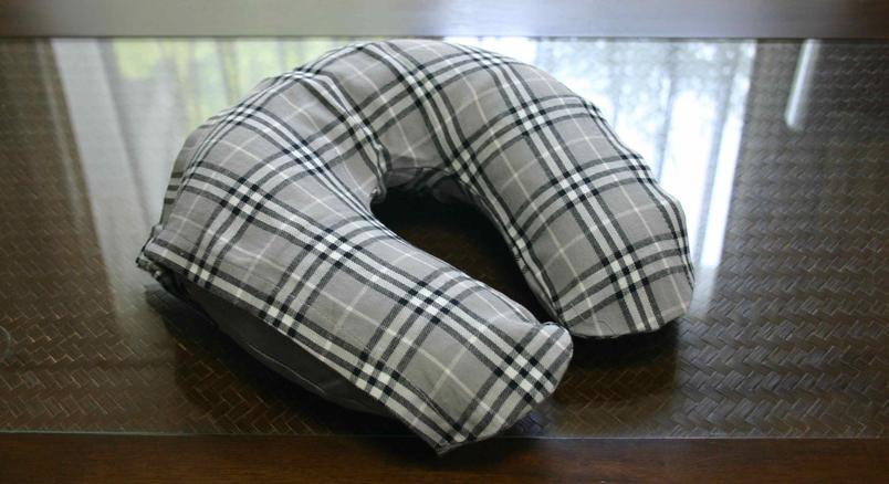 デスクピロー(うつぶせ仮眠枕)夢ちゃん枕