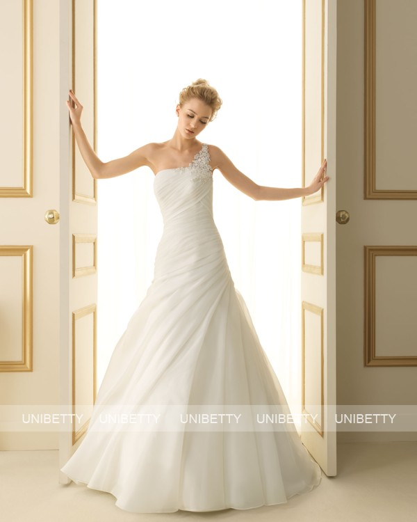 ウェディングドレス サイズオーダー無料 ワンショルダー 編み上げ式 Aライン WEDDING DRESS 披露宴 演奏会 結婚式 二次会 ws2473