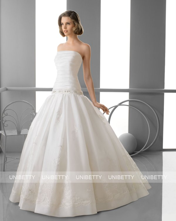 ウェディングドレス サイズオーダー無料 オーダードレス ウエディング プリンセスライン WEDDING DRESS 披露宴 演奏会 結婚式 二次会 ws2396