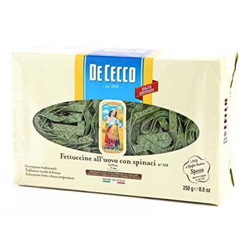 色合いをいかして スモークサーモンとクリームソースであえると おすすめ 見た目もおいしい逸品に仕上がります ディ チェコ No.310 フェットゥチーネ コン スピナーチ ゆで時間7分前後 spinaci イタリア産 250g ディチェコ con 送料無料(一部地域を除く) 卵パスタ n°310 DeCecco Fettuccine all'uovo