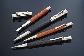 ファーバーカステル 万年筆 F 細字 クラシックコレクション エボニー プラチナコーティング 145551 正規輸入品