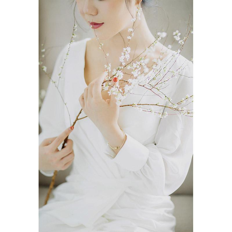 海外挙式 ウェディングドレス 長袖 花嫁 前撮り ドレス ロングドレス シンプルライン ファスナー 二次会 リゾートドレス レデ